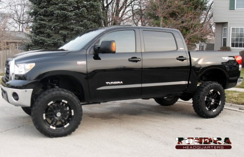 toyota tundra lifted. Pro Comp 6quot; lift kit with MX6