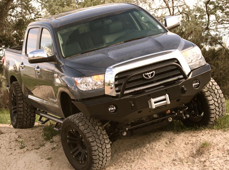 Toyota Tundra 2011 Lifted. Lifted Tundra